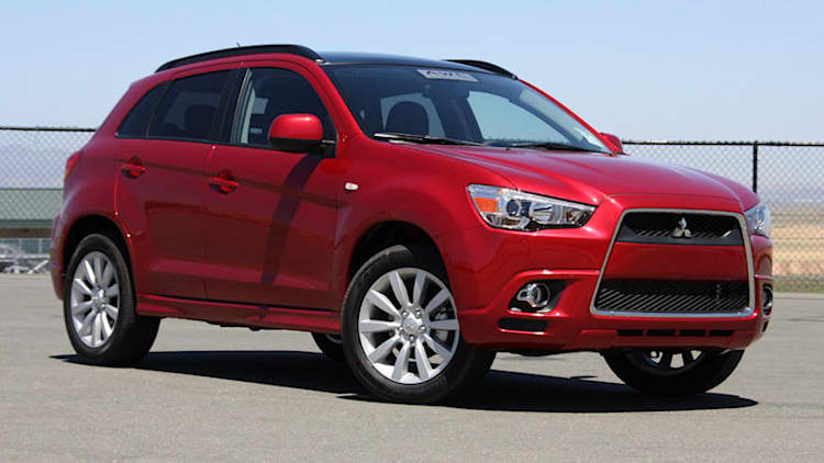 Mitsubishi recalls 130k Lancers, Outlanders over auxiliary glitches