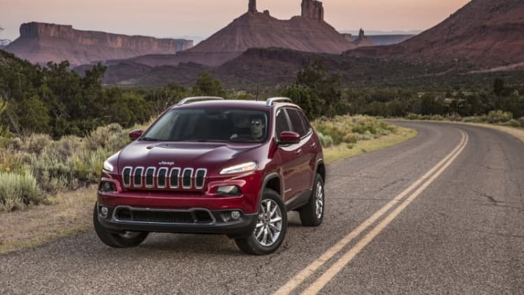 Jeep recalling 75,000 Cherokees over air-conditioning lines