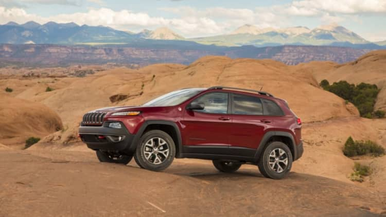 Jeep Cherokee recalled to add power liftgate moisture shield
