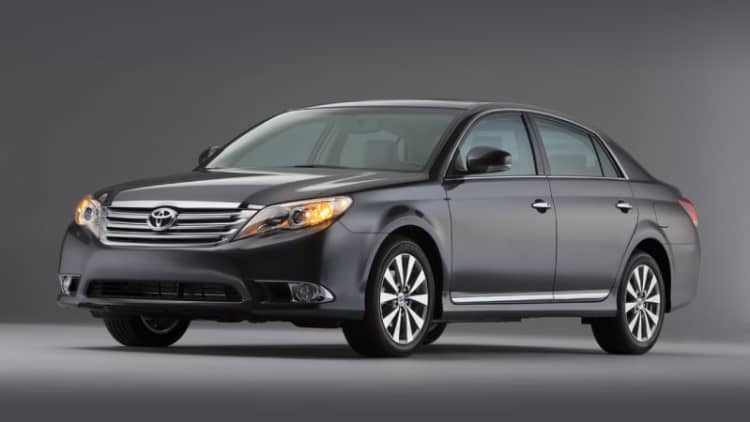 Toyota recalls 52k units of 2011-2012 Avalon for potential short circuit