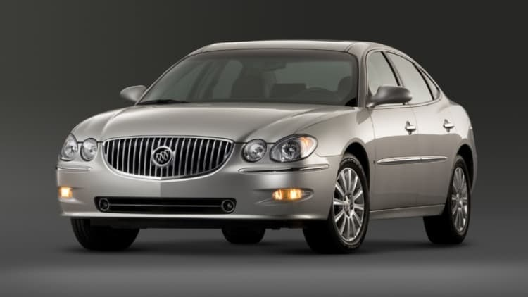 GM expands headlight recall to 180k Buicks and Pontiacs