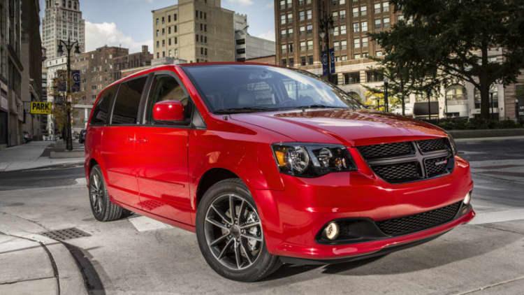 Dodge Grand Caravan to live in fleets through 2017