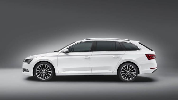 Skoda reveals new Superb Combi wagon