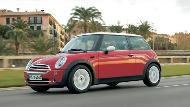 Mini recalling 92k vehicles over airbag flaw