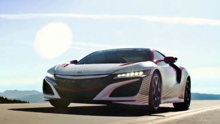 Acura spotlights NSX pace car at Pikes Peak