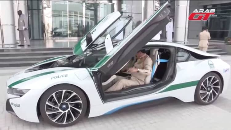 BMW i8 added to exotic Dubai police fleet