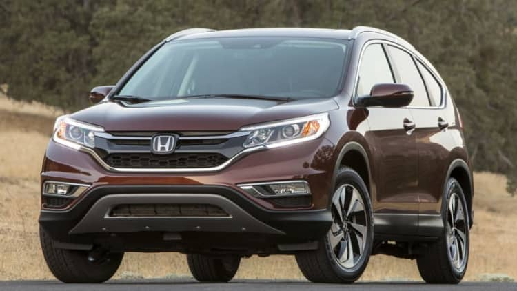 Honda recalling small number of Accord, CR-V models