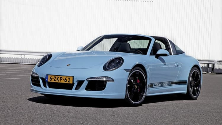 Porsche 911 Targa 4S special makes us want to go Dutch