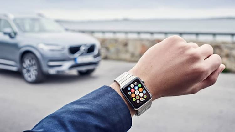 Volvo applies itself to smartwatches