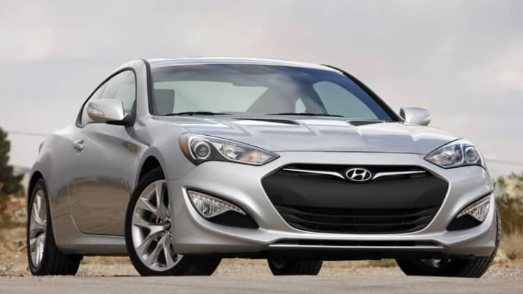 Hyundai recalls 10k Genesis Coupes for detached driveshafts