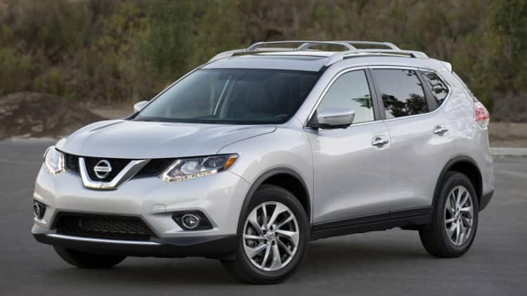 Nissan recalling 34k Rogues for sliding out of Park