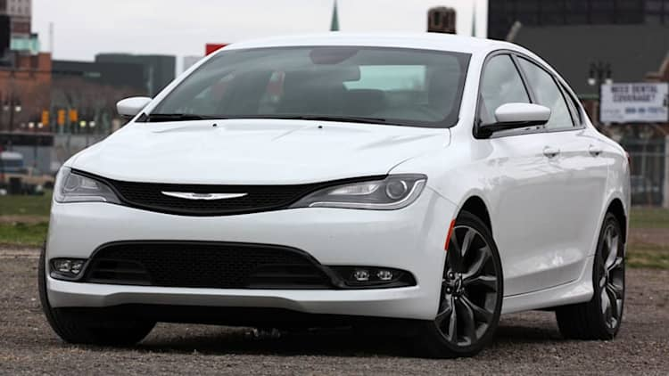 78k Chrysler 200 sedans recalled for stalling