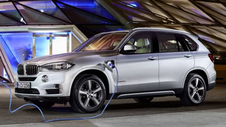 BMW plugs in new X5 xDrive40e PHEV crossover