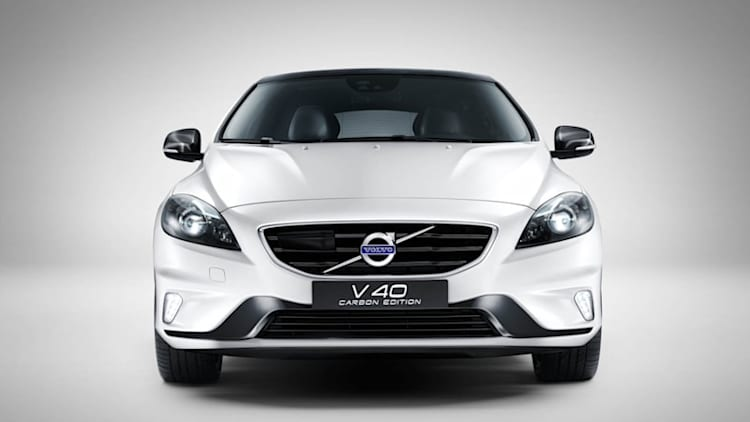 Volvo V40 gets Carbon treatment
