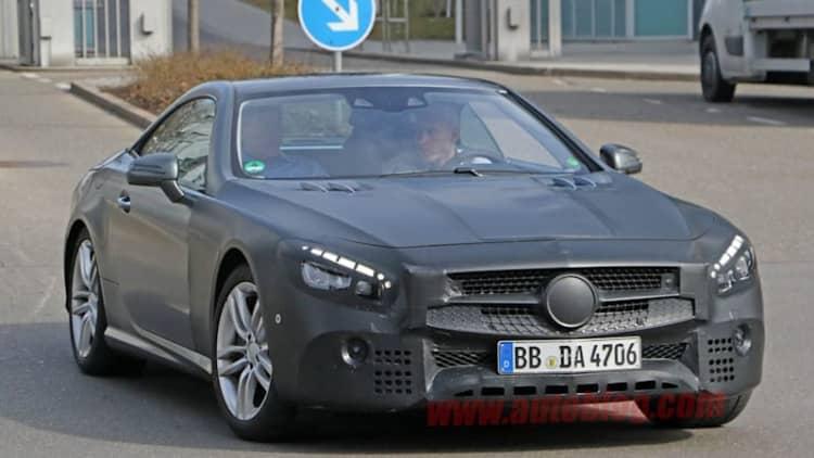 Mercedes-Benz SL snapped getting major facelift