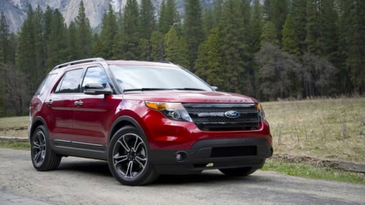 NHTSA probing Ford Explorers on reports of exhaust fumes in the cabin