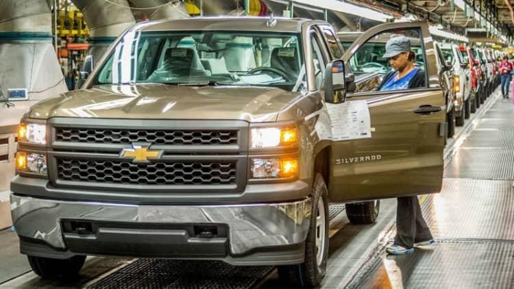 GM invests $1.2 billion to build Chevy Silverado, GMC Sierra