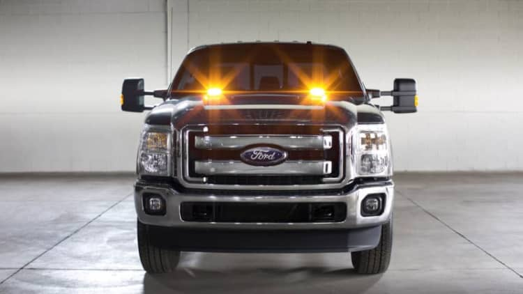 Ford offering emergency strobes on Super Duty trucks [w/video]