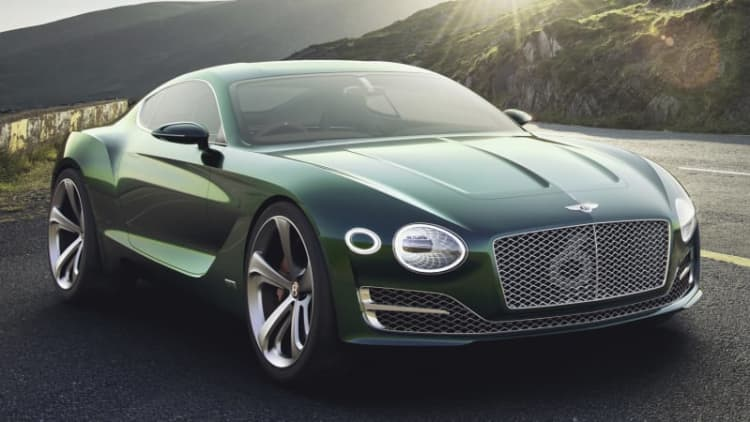 Bentley EXP 10 Speed 6 gets positive reactions on auto show circuit