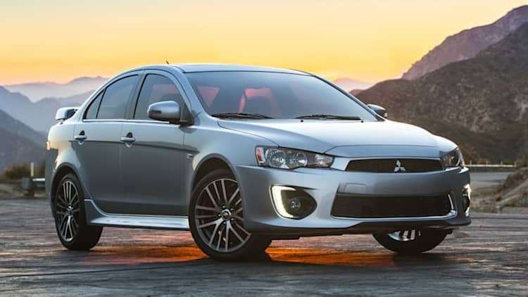 2016 Mitsubishi Lancer adds features, loses Ralliart