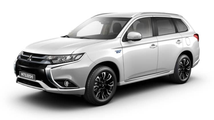 New Mitsubishi Outlander PHEVs coming to Frankfurt