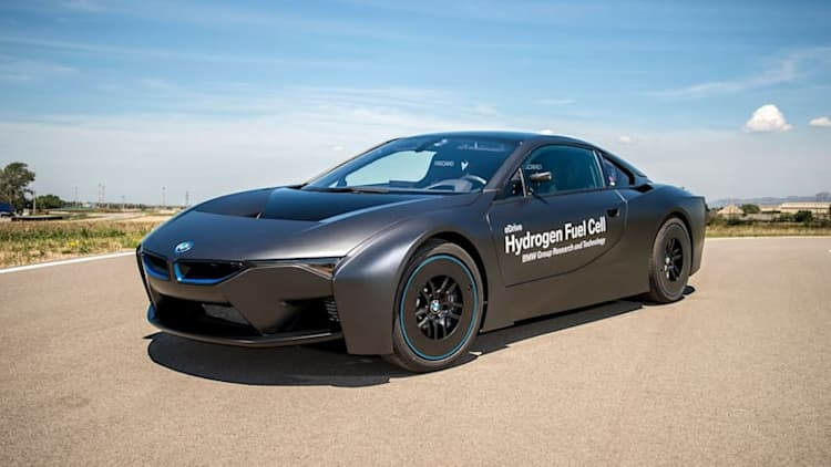 BMW i8 to go full-electric after facelift