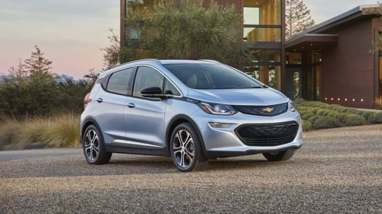 GM could 'lose' $9,000 on every Chevy Bolt it sells