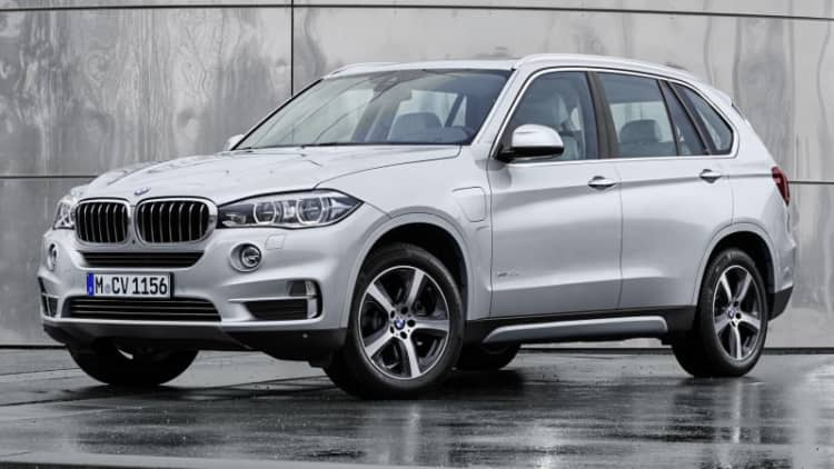 BMW will make plug-in hybrid versions of all models