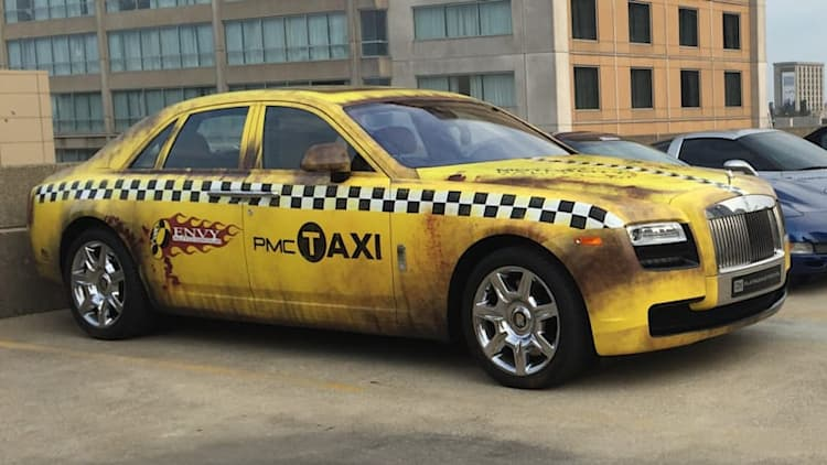 Someone turned a Rolls-Royce Ghost into a real Crazy Taxi