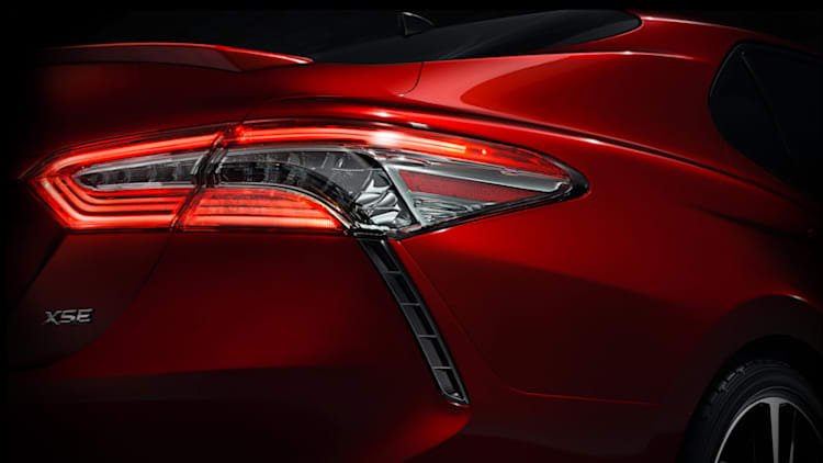 2018 Toyota Camry looking pretty ahead of Detroit debut
