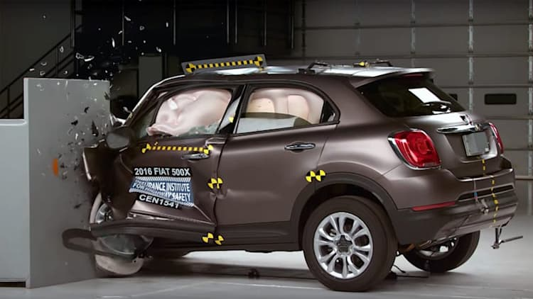 2016 Fiat 500X joins IIHS Top Safety Pick+ ranks [w/video]