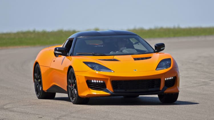A Lotus worthy of the legend | 2017 Lotus Evora 400 First Drive