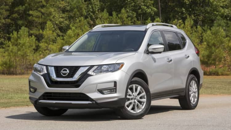 Similar packaging, improved insides | 2017 Nissan Rogue Quick Spin