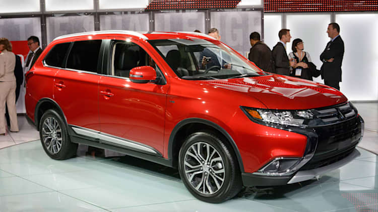2016 Mitsubishi Outlander has fresh design and a bump in refinement