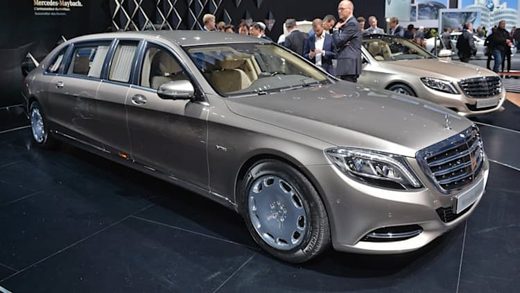 Mercedes rolls out the long red carpet for new Maybach S600 Pullman [w/video]