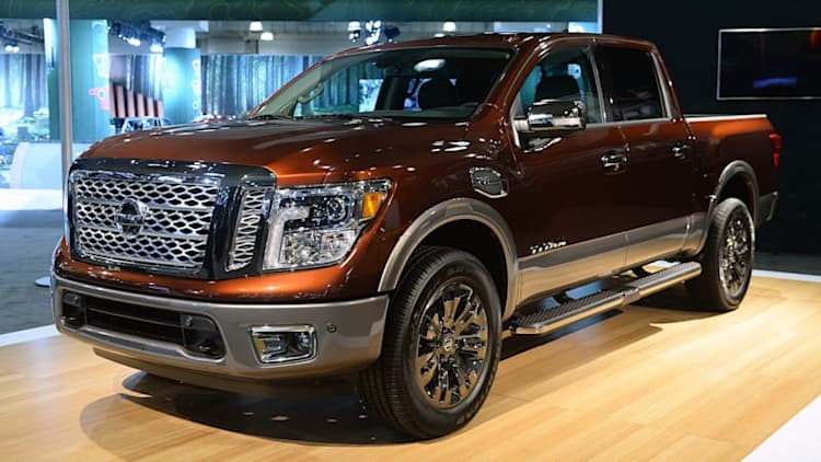 2017 Nissan Titan targets the heart of the half-ton truck market [UPDATE]