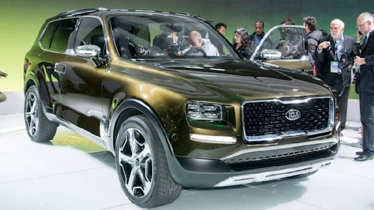 Kia Telluride Concept is a 400-hp hybrid based on Sorento SUV [w/video]