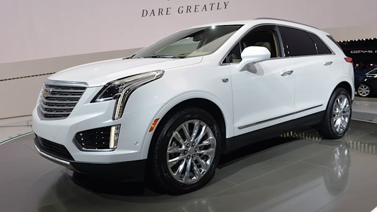 2017 Cadillac XT5 shows off its new metal in LA
