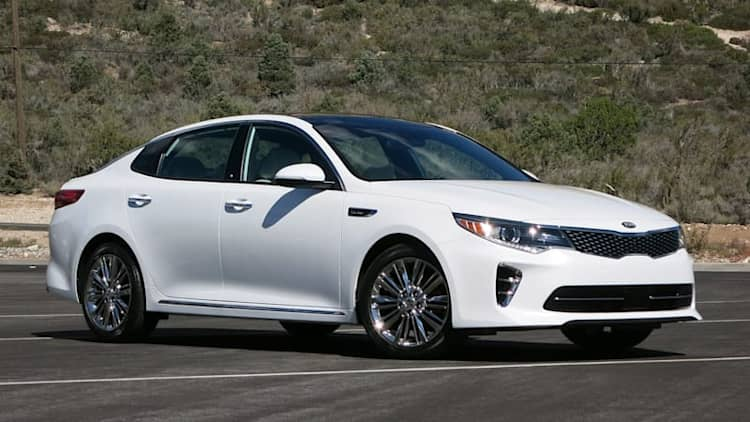 2016 Kia Optima 2.0T Quick Spin [w/video]