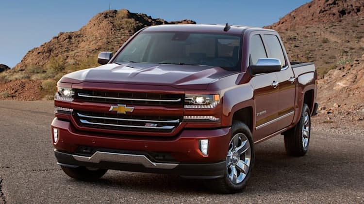 2016 Chevy Silverado puts on a better face
