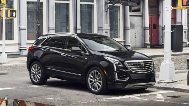 Cadillac prices new XT5 from $39,990
