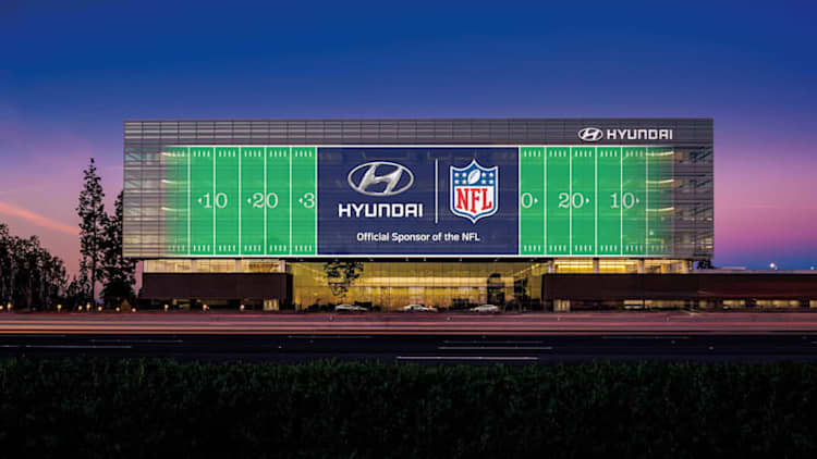 GM out, Hyundai in as NFL audibles auto sponsorship