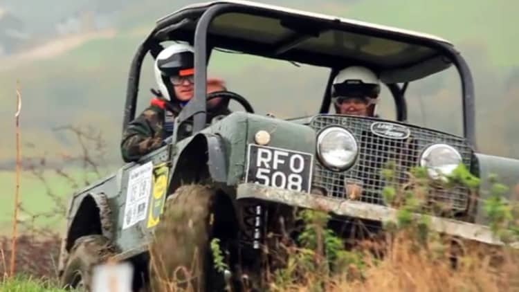 Xcar explores the competitive world of Land Rover off-road time trials