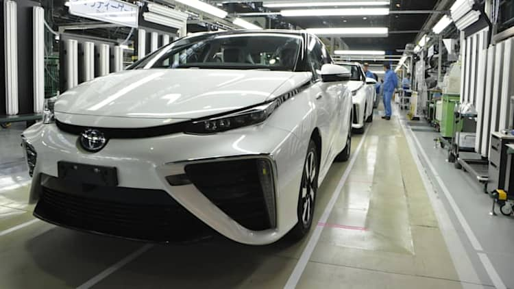 See how Toyota Mirai hydrogen fuel cell car is made [w/videos]