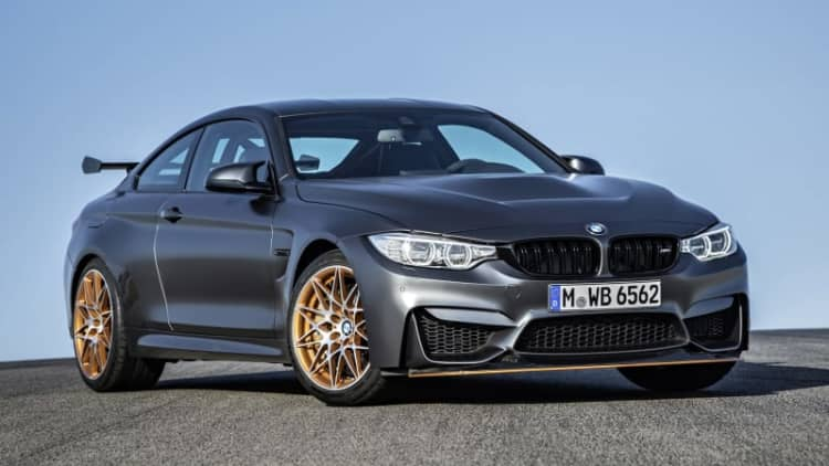 2016 BMW M4 GTS: More power, less weight, ready for the track