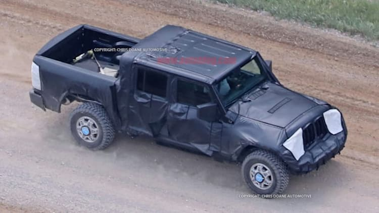 It lives! Our first glimpse of the Jeep Wrangler pickup