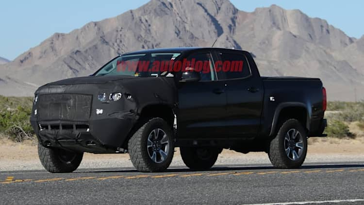 Trail-ready Chevrolet Colorado ZR2 spied in the desert