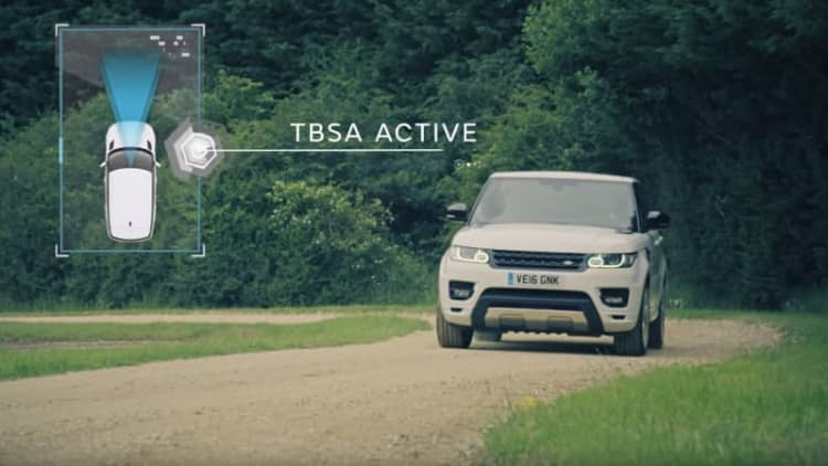 Land Rover wants to make autonomous off-roaders