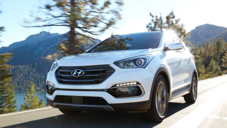 Hyundai recalls Santa Fe Sport for seatbelt warning light