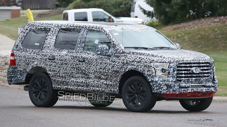 Ford spotted testing new aluminum-bodied Expedition